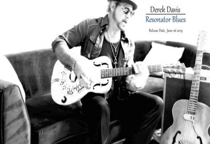 Певец Babylon A.D. Дерек Дэвис выпускает видео для «Mississippi Mud» с нового сольного альбома.
