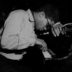 Музыкант Herbie Hancock